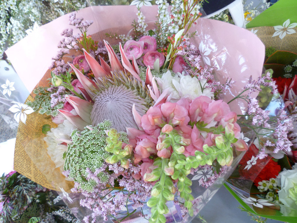 $150 Gift Bouquet delivered within 40km radius of Eumundi. Additional delivery options available